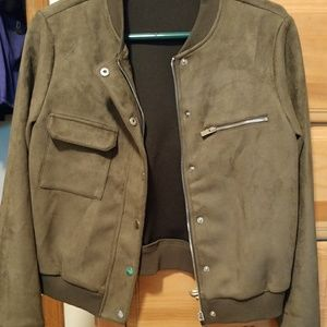 Suede like texture green jacket
